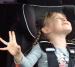 """Inilah video anak-bapak nyanyi Let It Go """"Frozen"""" yangmelejit"""